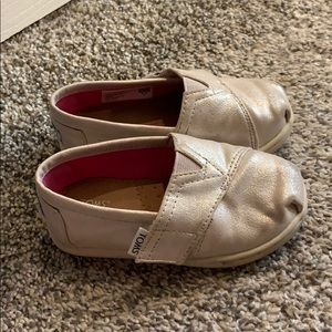Toddler Tom shoes